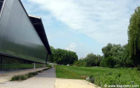 Parc de la Seille à Metz les arenes 3