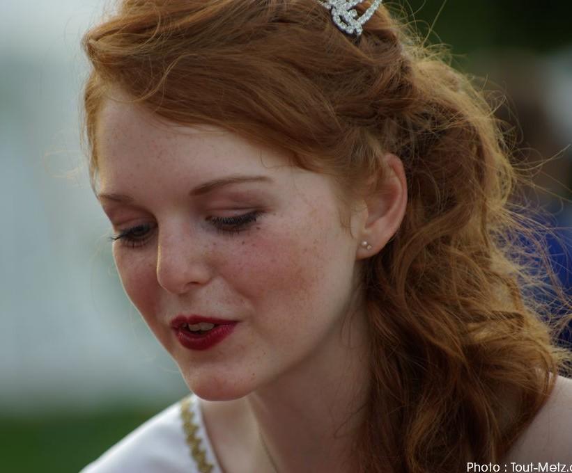 Reine de la Mirabelle 2011 : Julie Ernewein