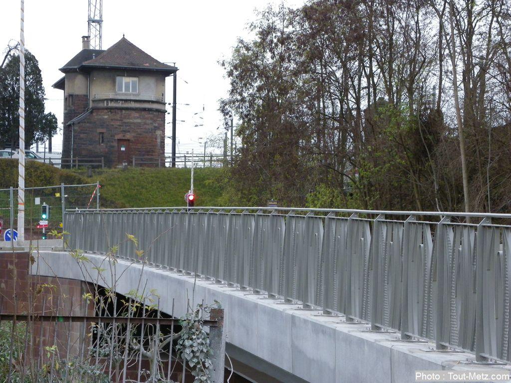 Le nouveau Pont de l'avenue de la Seille à Metz inauguré (Brève)