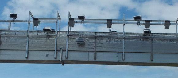 Les portiques permettant d'effectuer la collecte de l'eco-redevance par Ecomouv