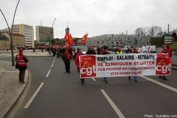 Les manifestants se sont réunis sur la place Mazelle à Metz vers 14h30. Le défilé s'est élancé vers 15h.