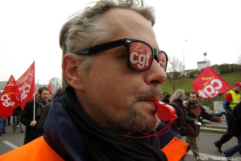 Photo of Manifestation du 6 février à Metz contre les réformes du gouvernement (photos)