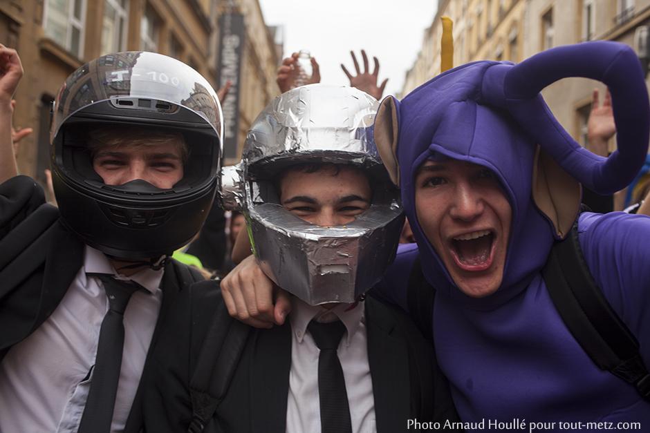 Succès international : les daft punk avaient décidé de se joindre à un lutin violet pour venir fêter le percent des lycéens messins.