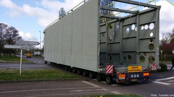 Convoi exceptionnel metz en route vers golbey 2014 for Adresse metz expo