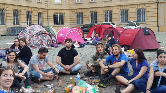 Tentes devant la préfecture : des étudiants de l'IRTS mettent la pression sur le préfet