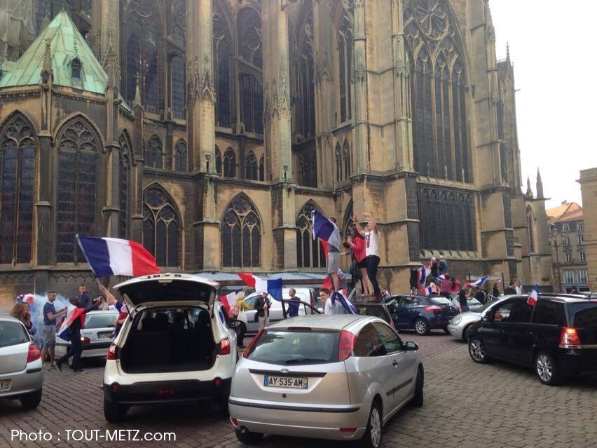 Coupe du Monde : grosse ambiance à Metz après France-Nigeria ! (vidéo)