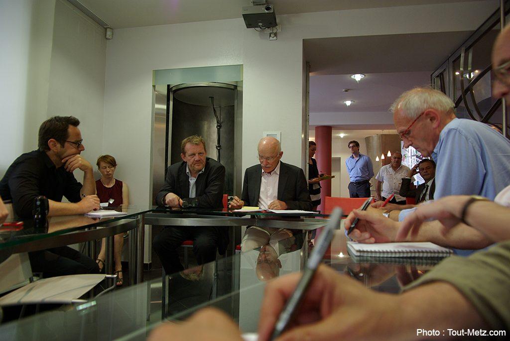 Photo de Centre des Congrès : D. Gros sidéré par la décision de P. Weiten
