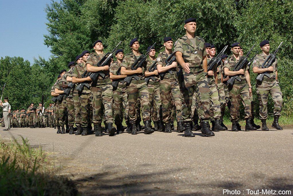 Les Hussards de Metz choisis pour défiler sur les Champs-Elysées