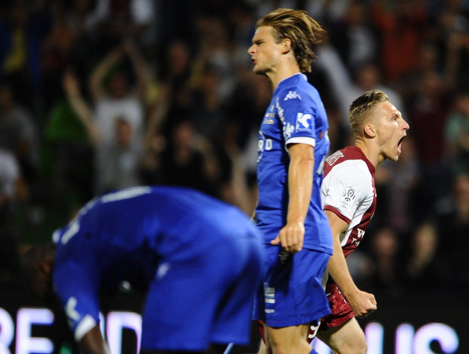 Le FC Metz écrase Bastia à St Symphorien. Résumé du match et notes des joueurs.