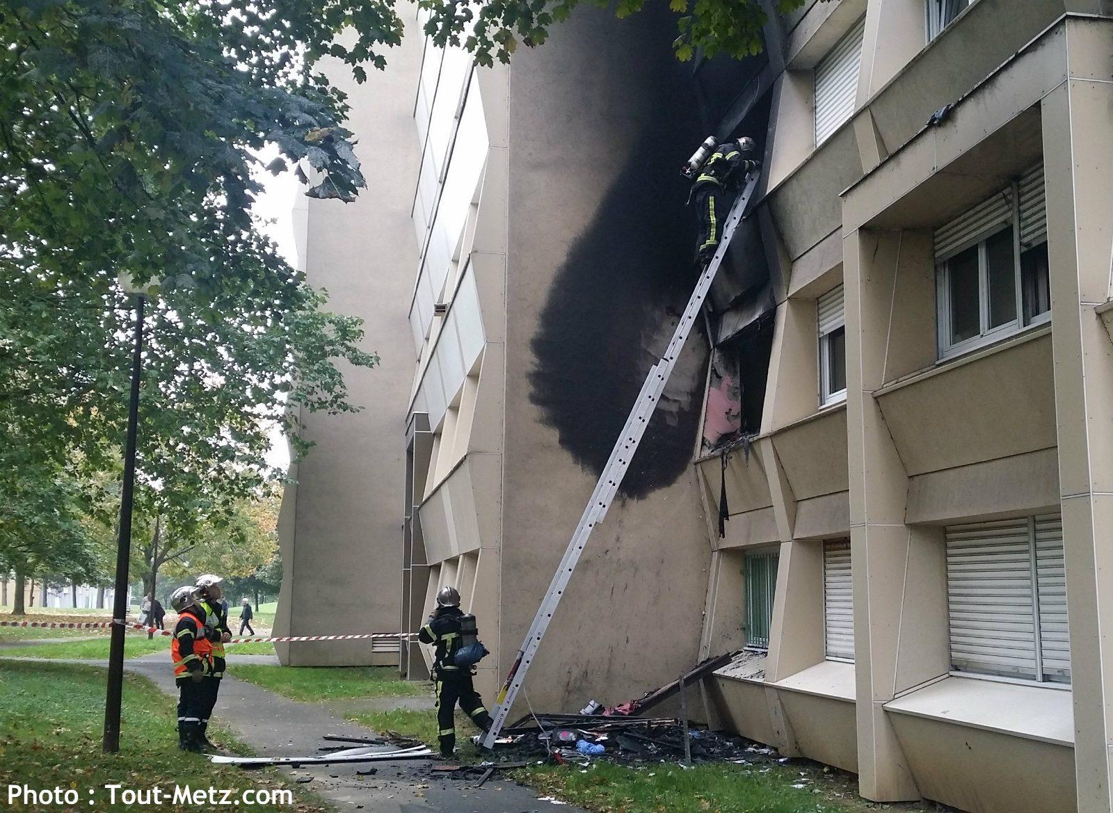 Photo of Incendie à Metz Borny : un appartement de la rue Jules Michelet ravagé par les flammes