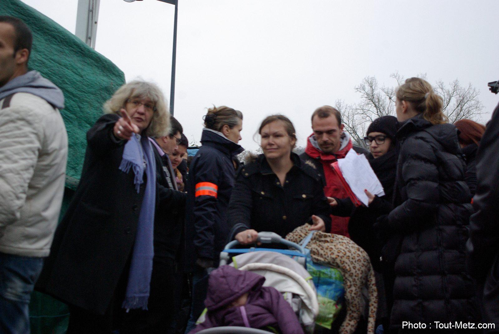 Photo of Campement des demandeurs d'asile : l'histoire se répète à Metz Blida (photos)