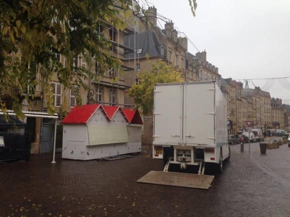 La Place de Chambre se préparait à Noël le 12 novembre 2014 - Photo : Tout-Metz.com