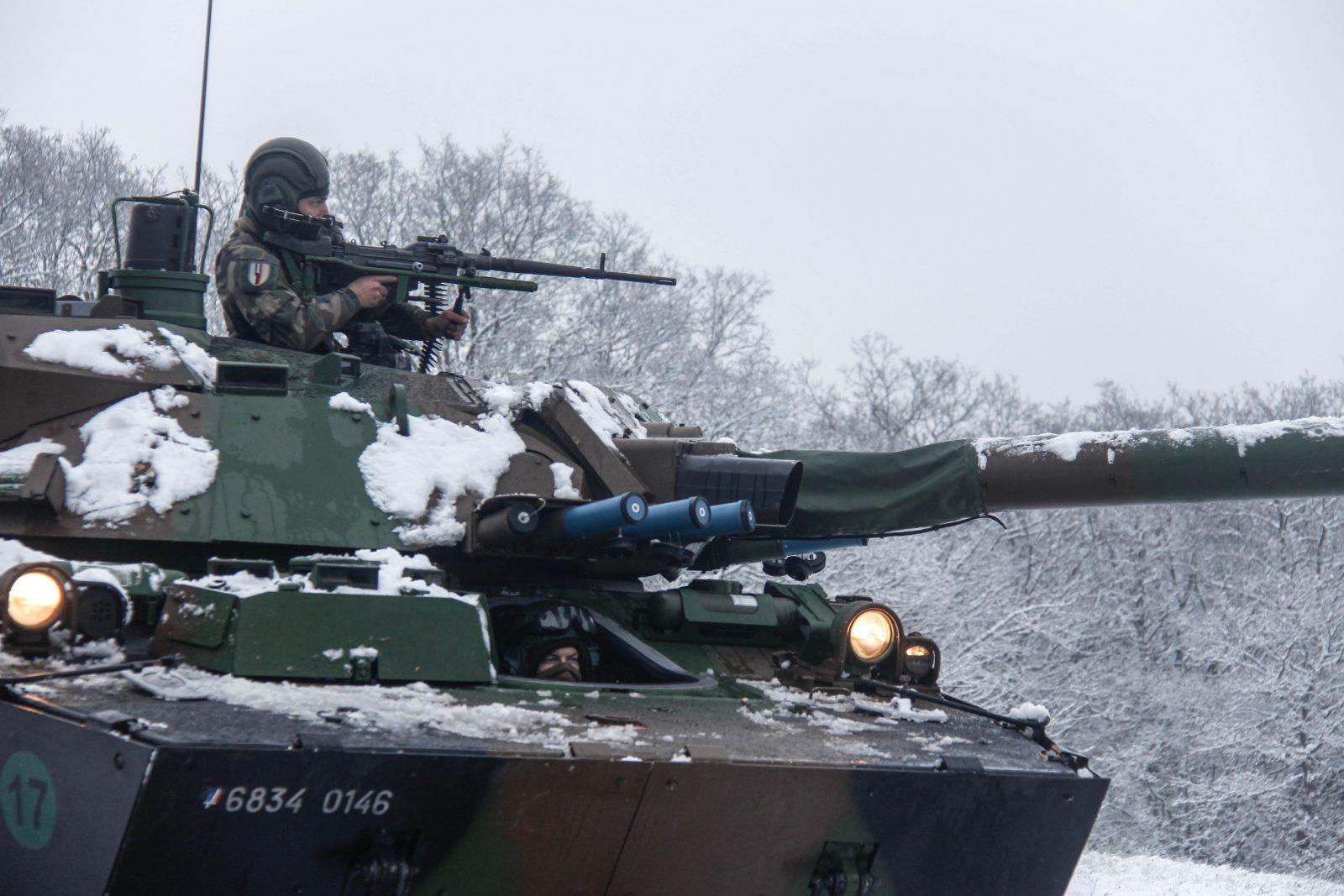 Les hussards de Metz sous la neige : entrainement difficile, guerre facile