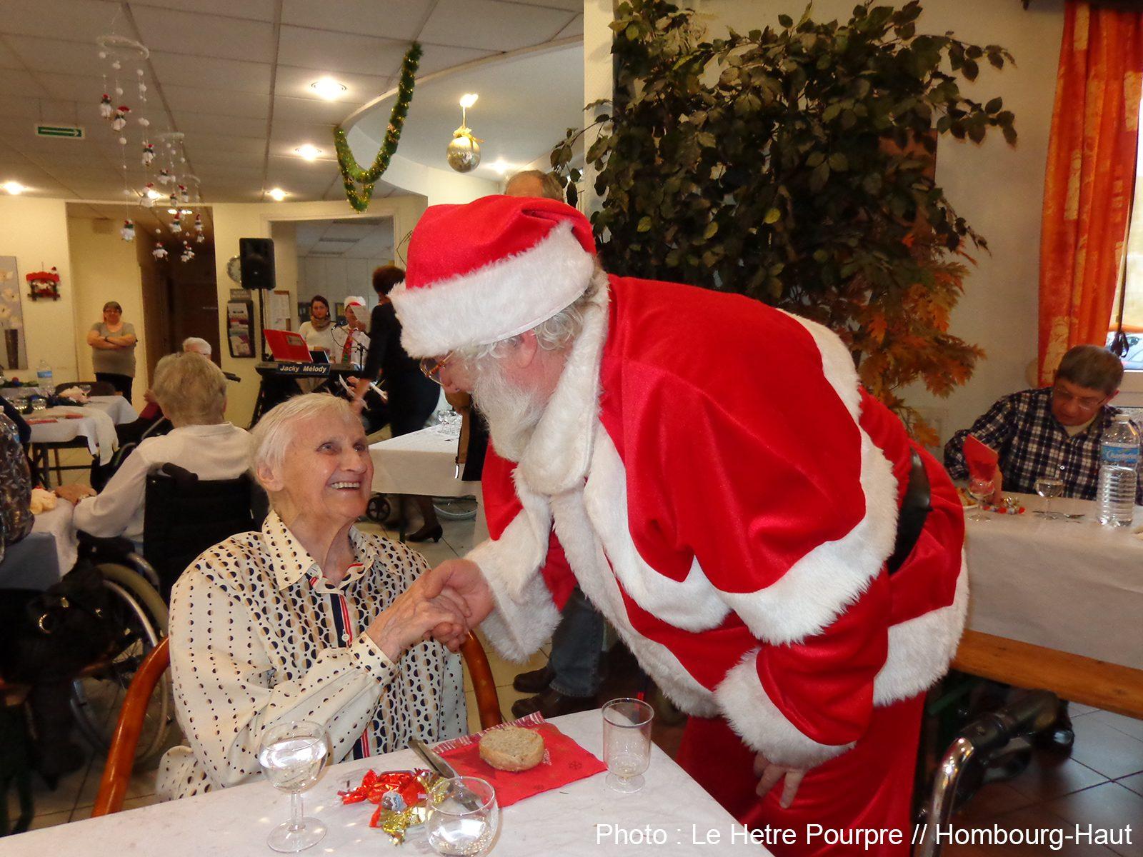 Noël en maison de retraite : festivités et bonne humeur règnent à Hombourg-Haut
