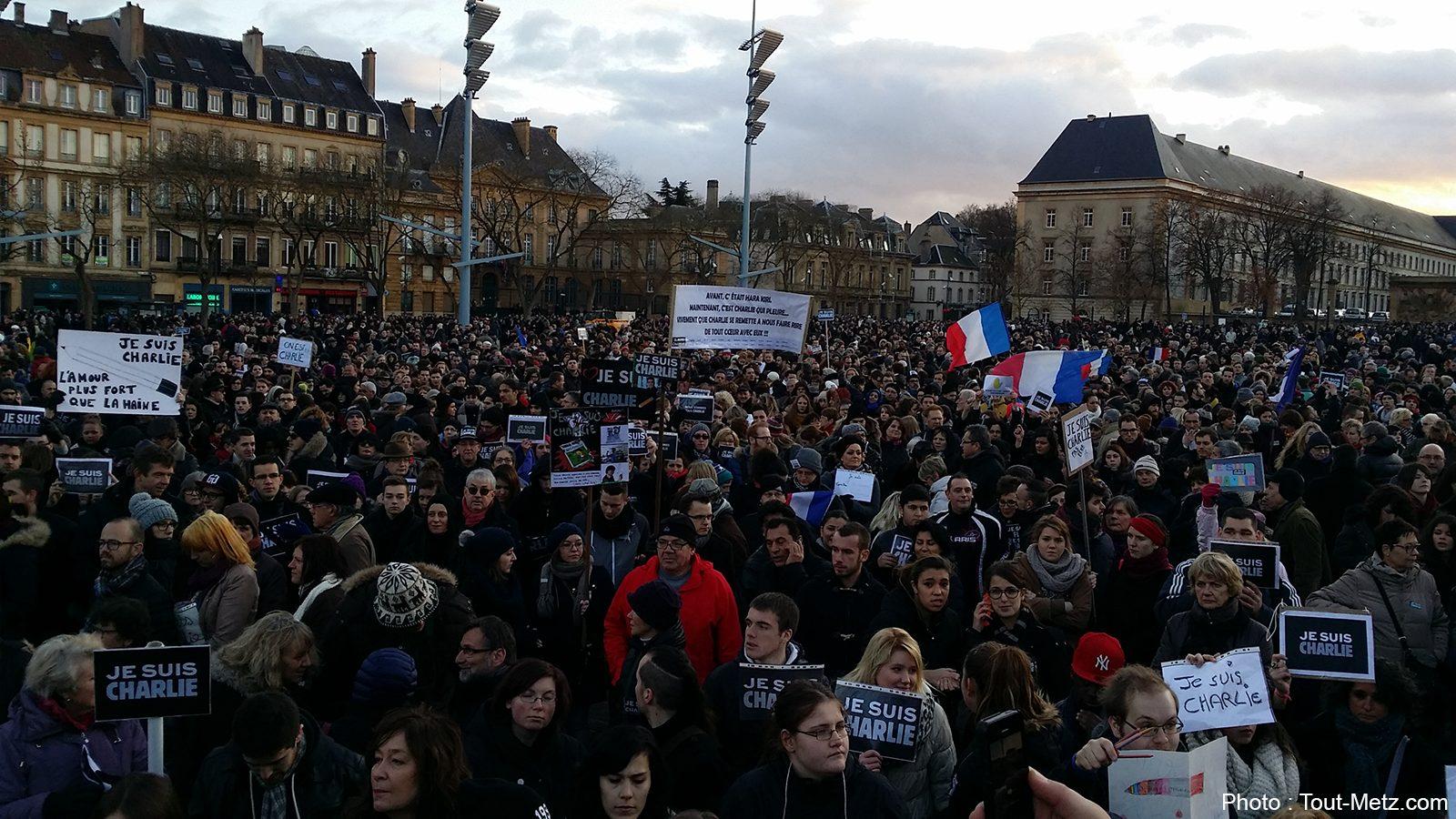 Metz : un mur d'expression de 10m de long sur la Place de la République