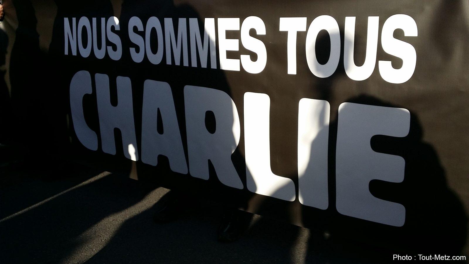 Metz : 45 000 personnes rendent hommage aux victimes de Charlie Hebdo
