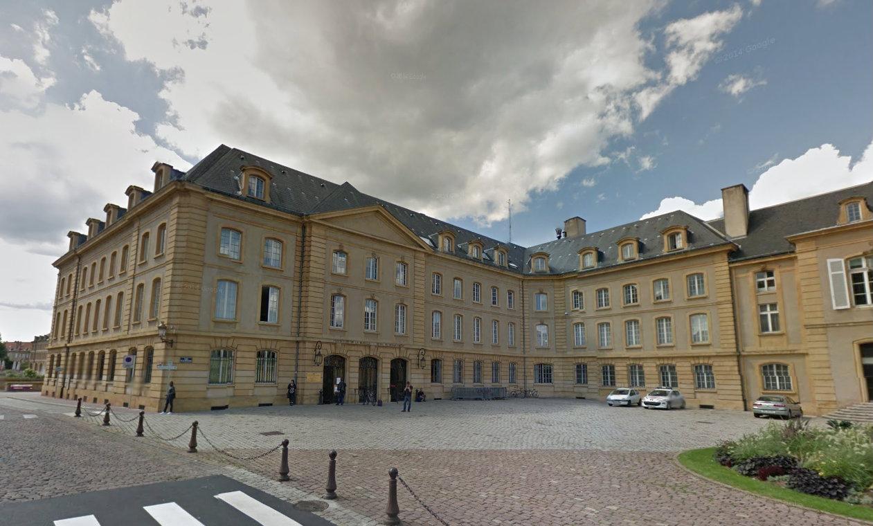 Photo de Fermeture des services de la préfecture de Moselle le 13 juillet