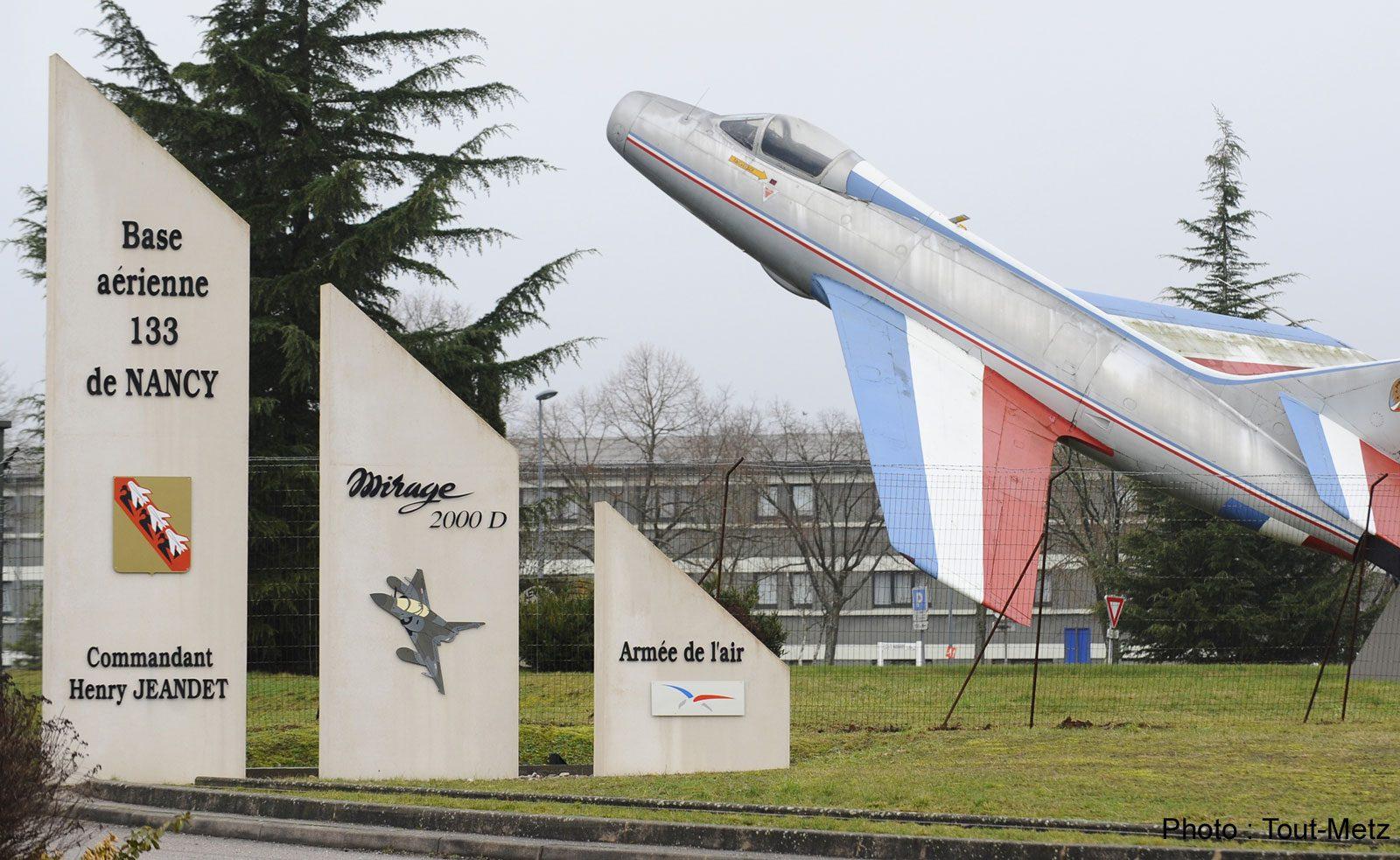 Crash d'un avion en Espagne : les corps des militaires rapatriés à Nancy-Ochey