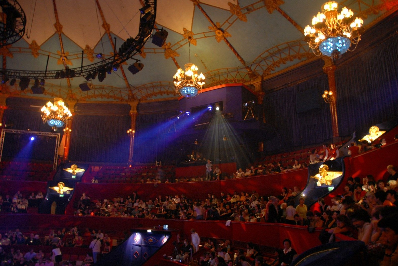 Le cirque Medrano et ses «Légendes de la Jungle» à Metz Expo