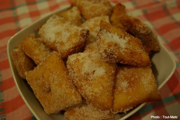 Recette facile beignets de carnaval - Recette beignet levure de boulanger ...
