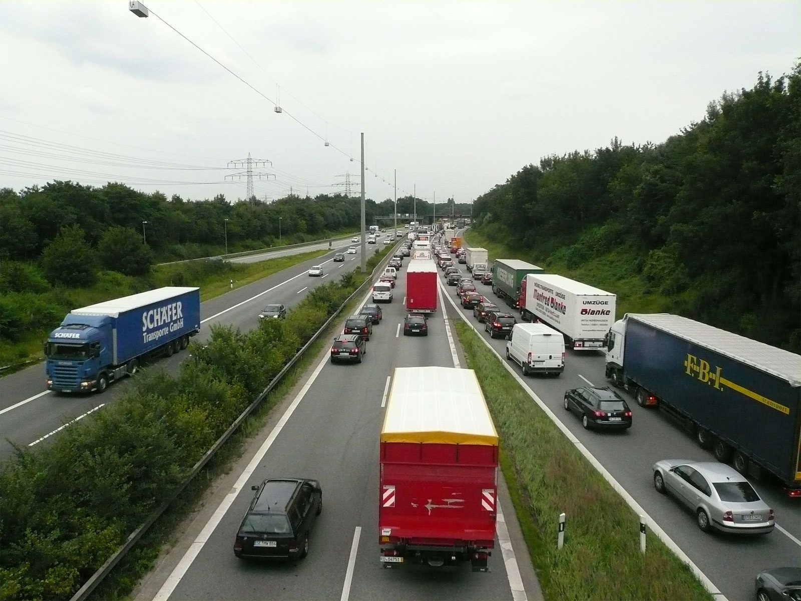 Accident sur l'A31 : circulation coupée au niveau de l'aire d'Entrange