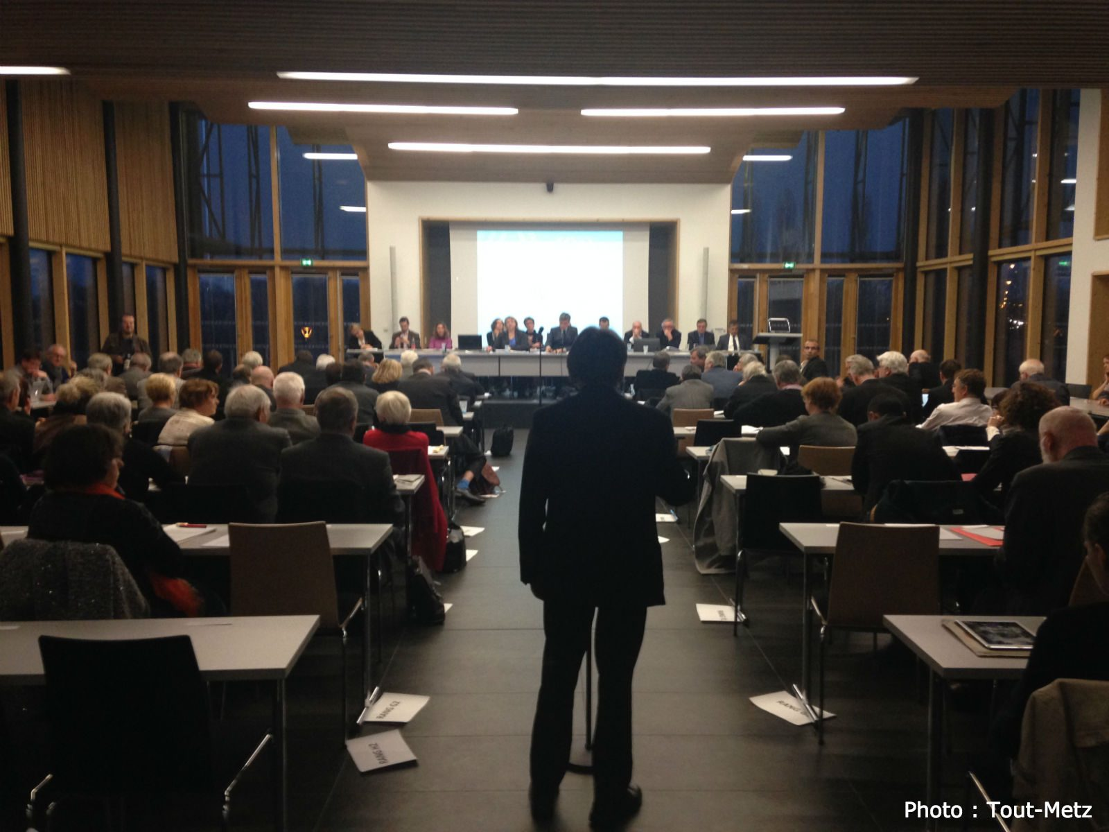 Photo of Budget 2016 à Metz Métropole : marche ou crève