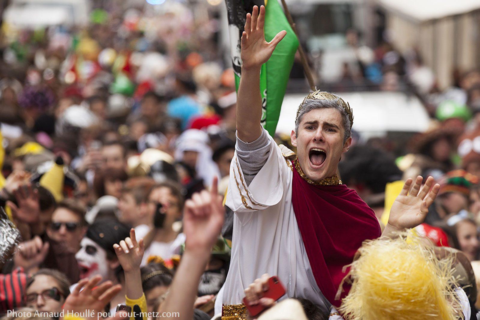 Percent à Metz : 2 500 étudiants ont défilé ce matin dans les rues
