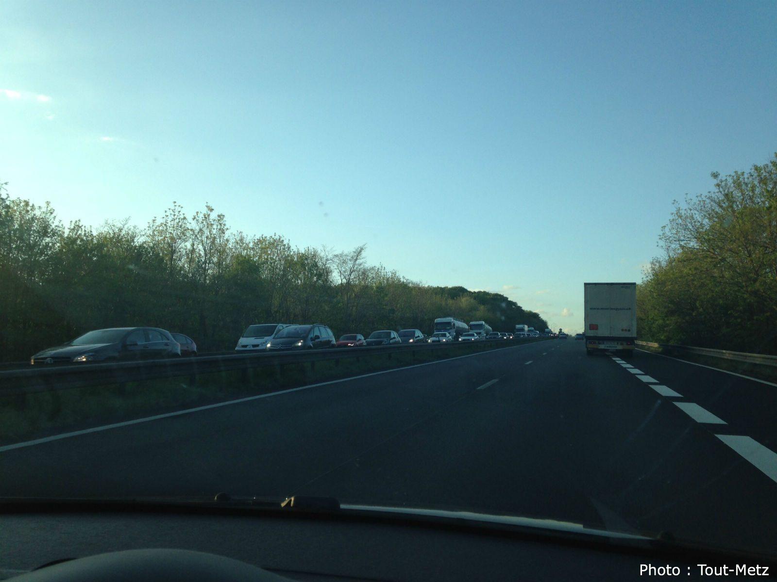 Opération escargot des taxis sur l'A4 et l'A31 ce jeudi dès 9h30