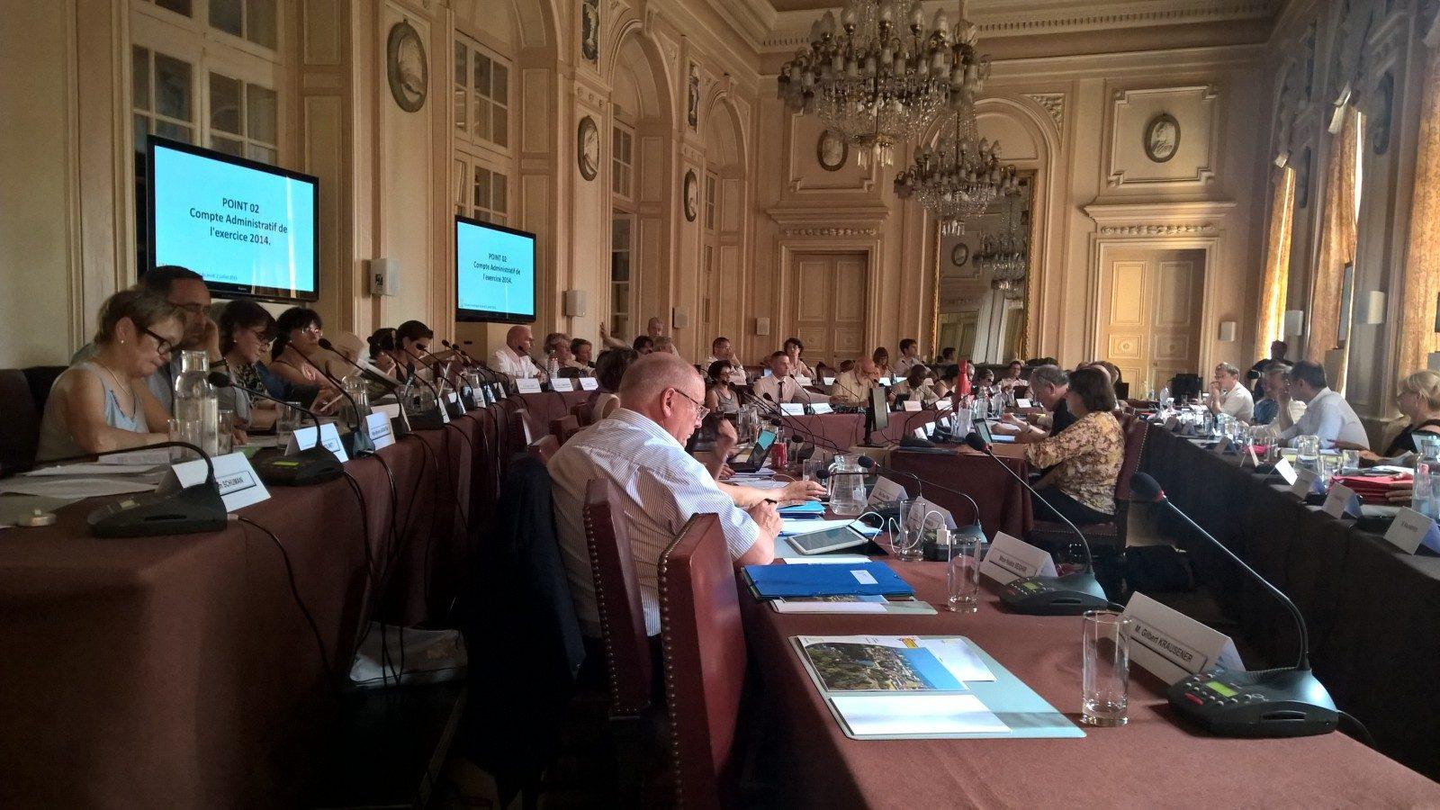 Photo of Finances de la ville de Metz : la majorité sereine, l'opposition sonne l'alarme