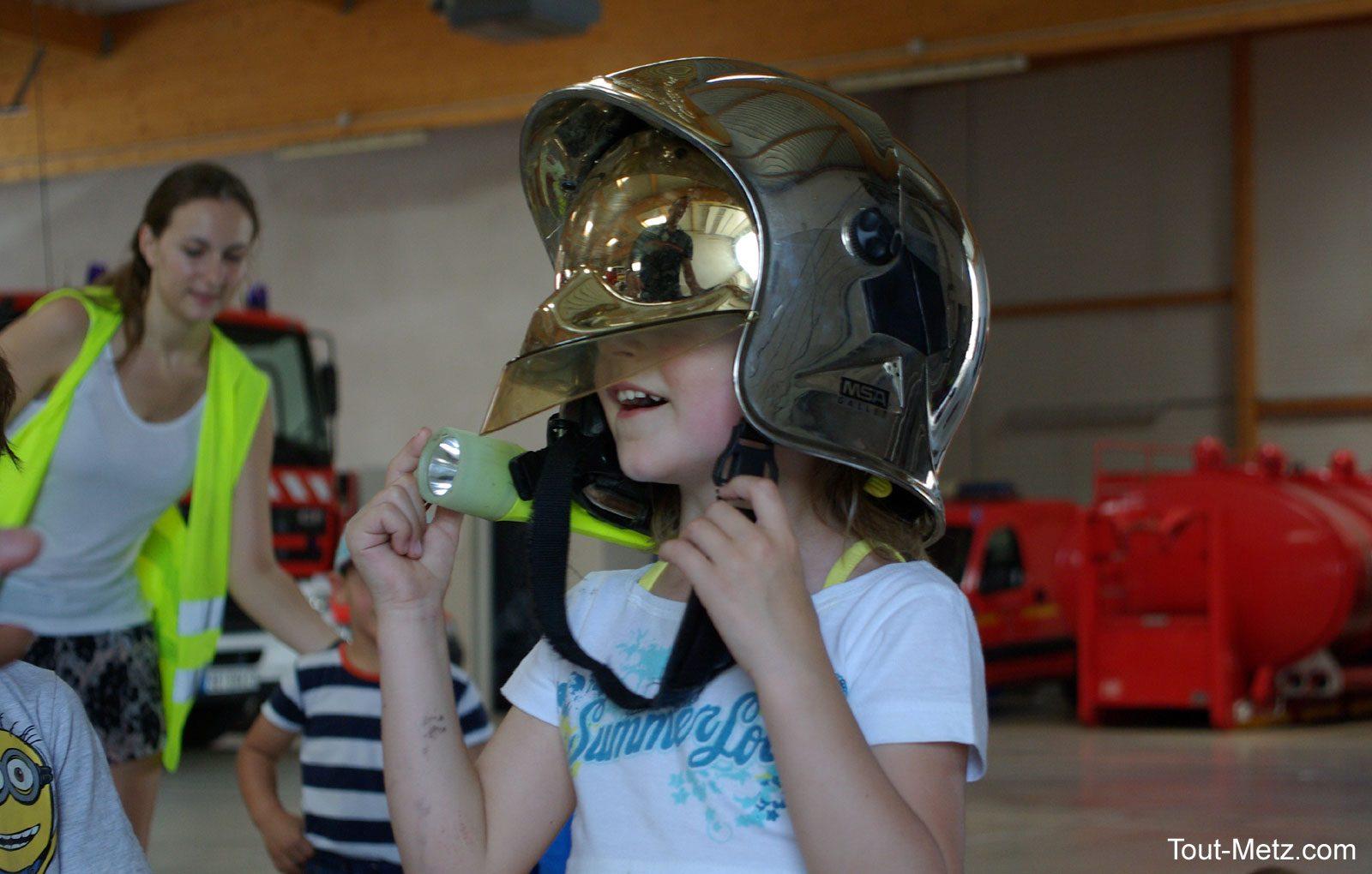 Montigny-Lès-Metz : les enfants du centre aéré visitent la caserne des pompiers