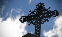 croix-cimetiere-1600