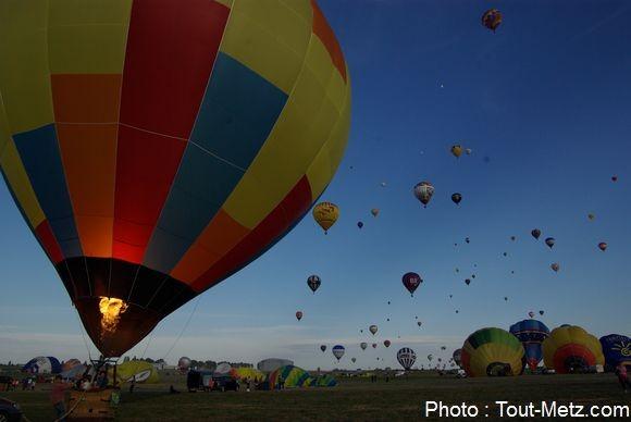 montgolfiere-LMAB-2015-chambley1100--IMGP1882