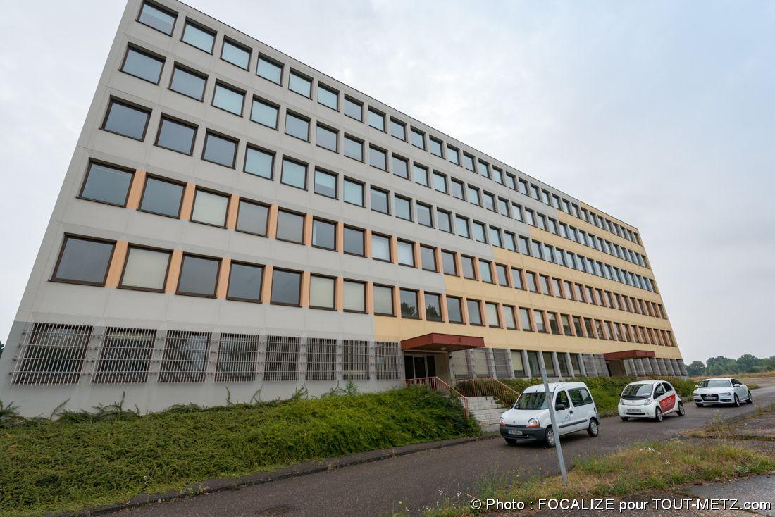 bâtiment administratif de la base aérienne 128