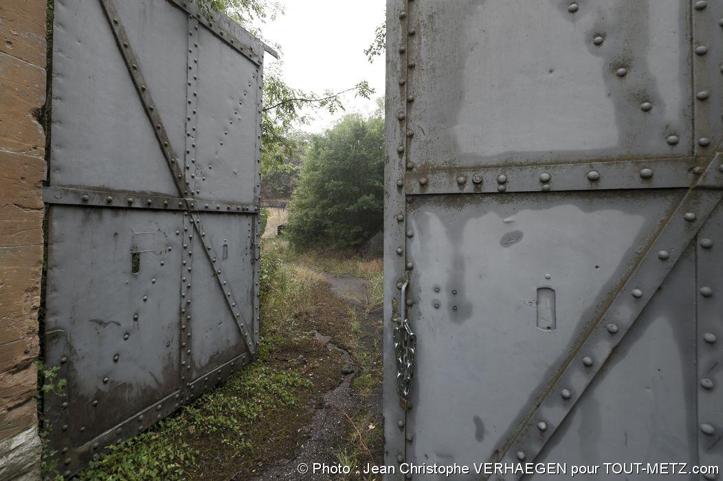 Porte d'entrée du Fort St Privat - Reportage sur la BA 128, le 10 août 2015 à Marly Frescaty