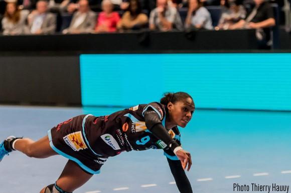 Paule Baudouin en action sous le maillot de Metz Handball