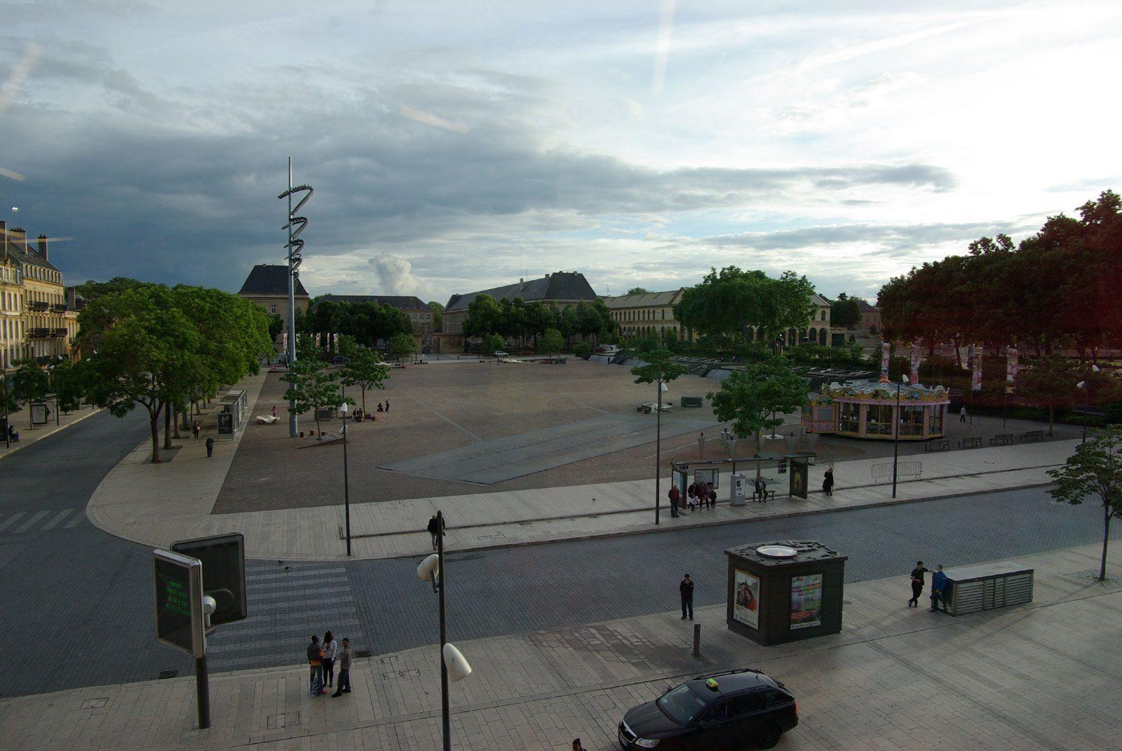Agression au couteau place de la République à Metz