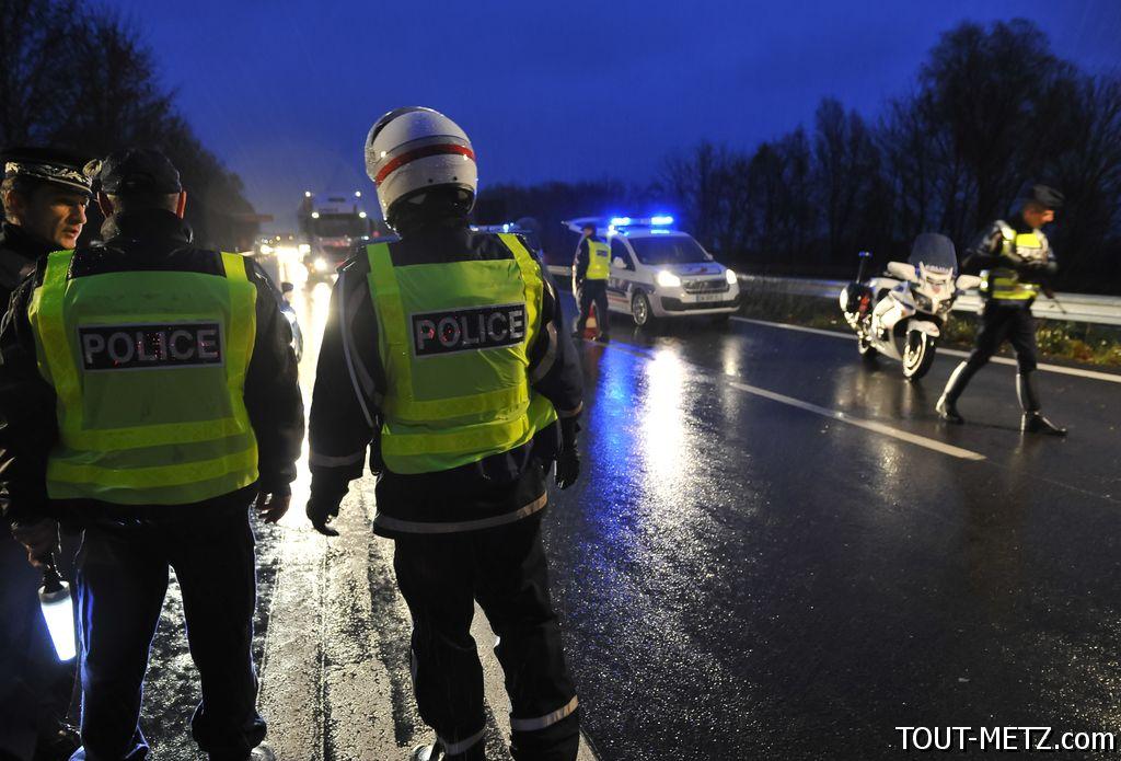 Véhicule suspect avec une bonbonne de gaz à l'intérieur : la place de la république a été évacuée à Metz