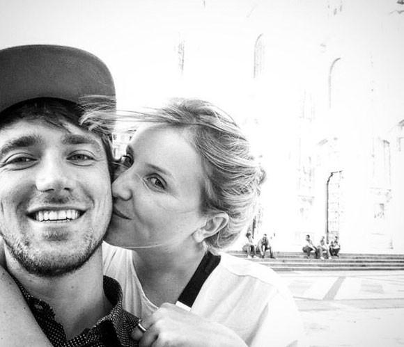 Voici la photo du jeune couple qui a été diffusée en masse sur les réseaux sociaux.