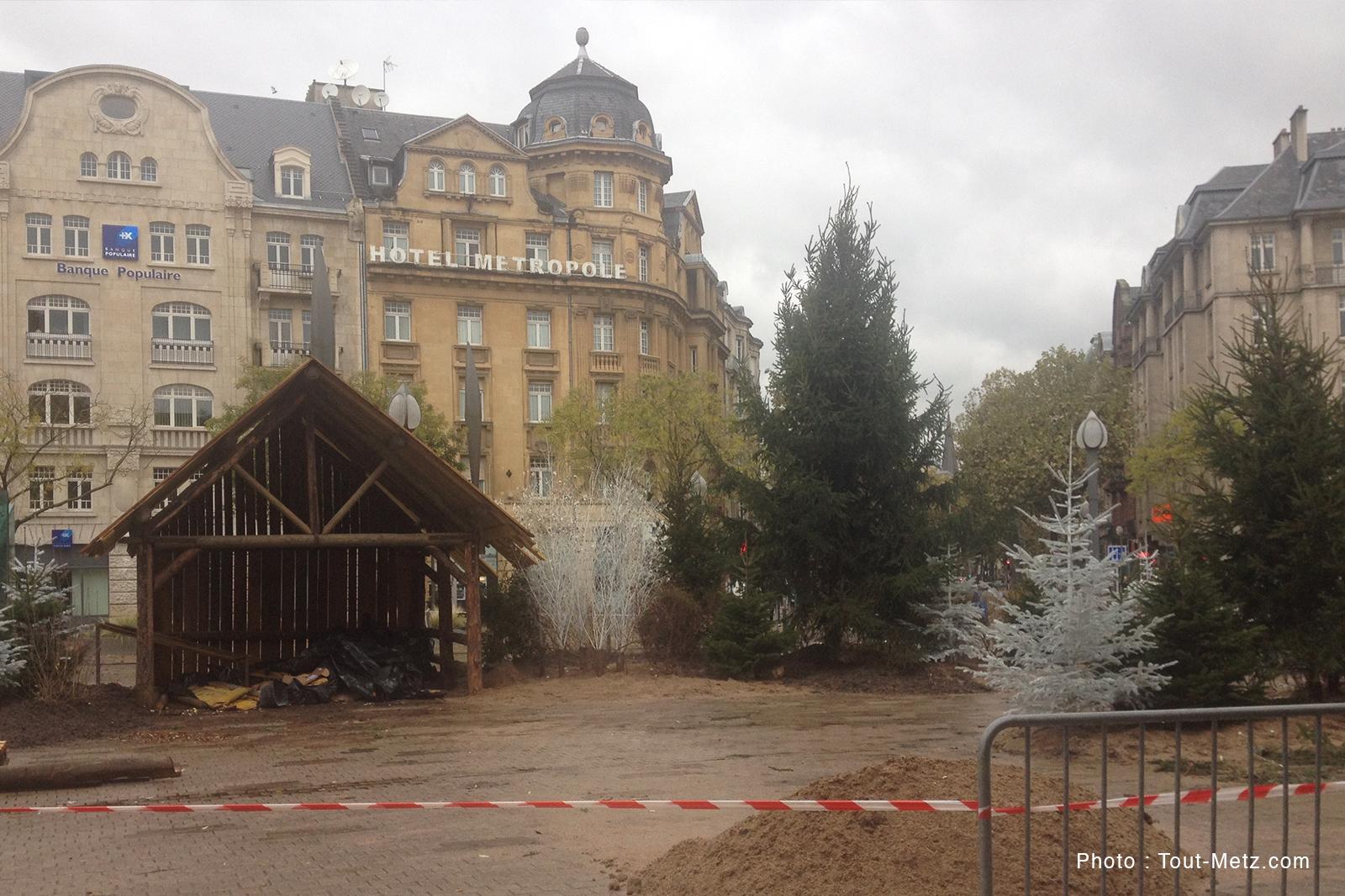 Noël à Metz : sentier des lanternes, chalets, grande roue… ça prend forme (photos)