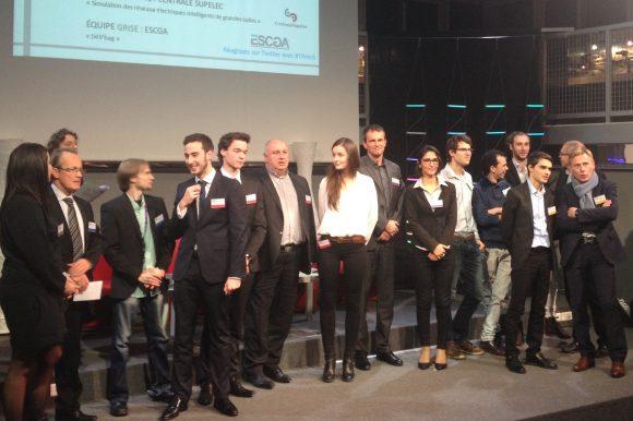 Les 6 équipes finalistes du MC6 Trophée avec leurs parrains.