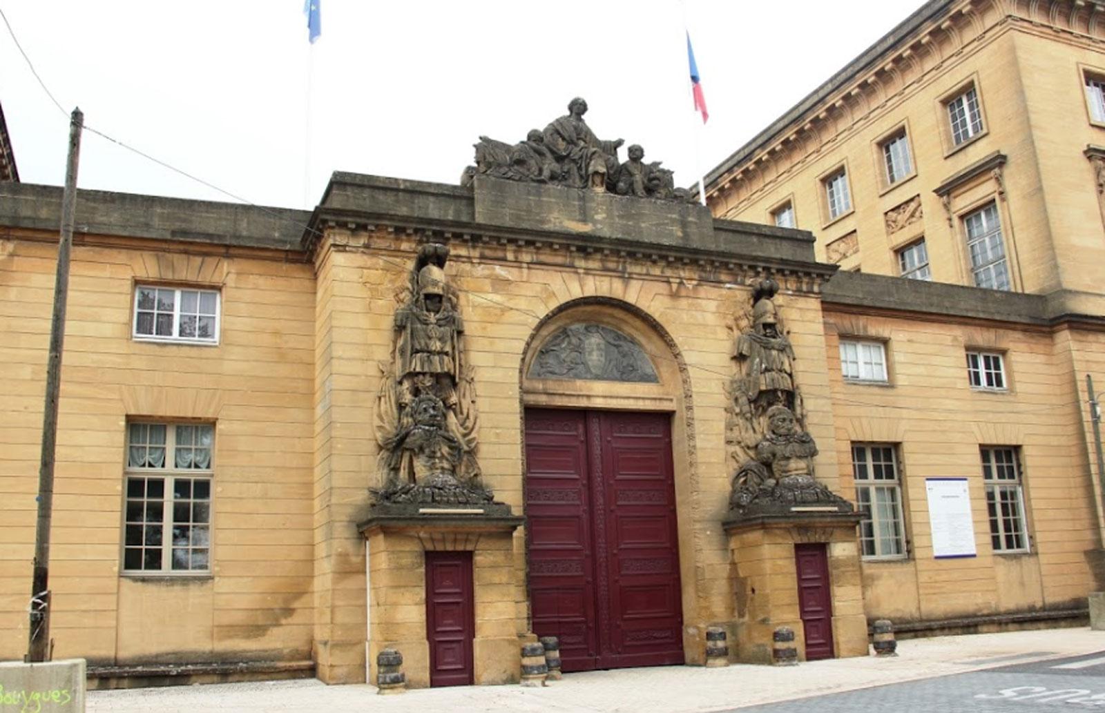Piéton heurté à Metz : son pronostic vital engagé