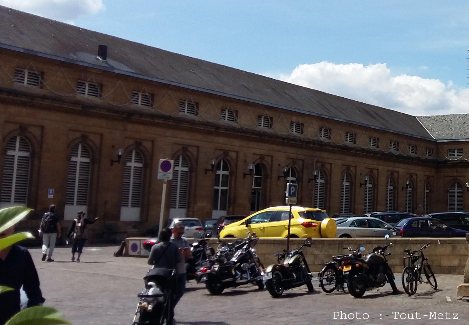 Metz : la cour du Marché Couvert définitivement interdite aux voitures