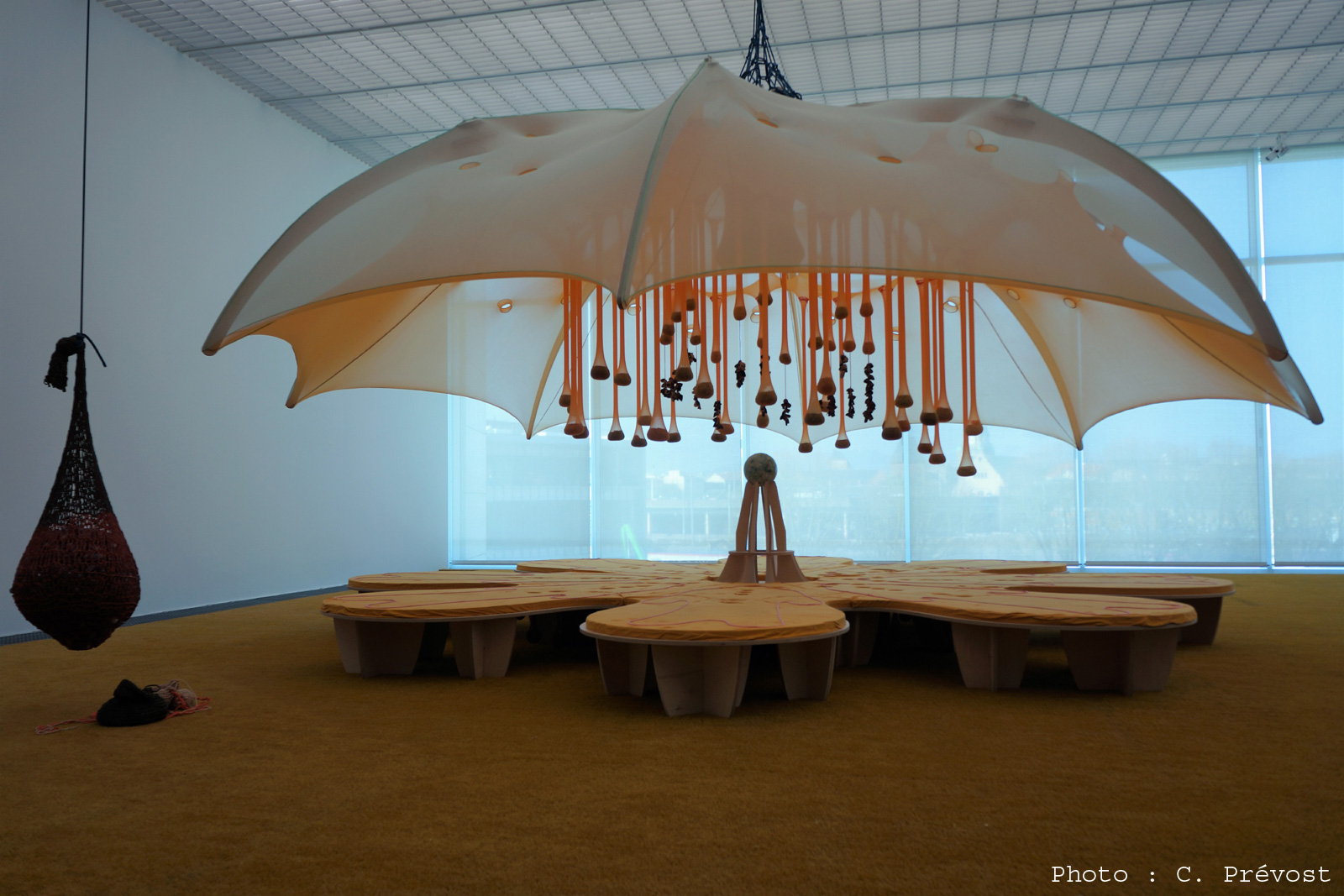 """Photo of Photos : le Centre Pompidou-Metz transformé en un immense jardin pour l'exposition """"Jardin infini"""""""