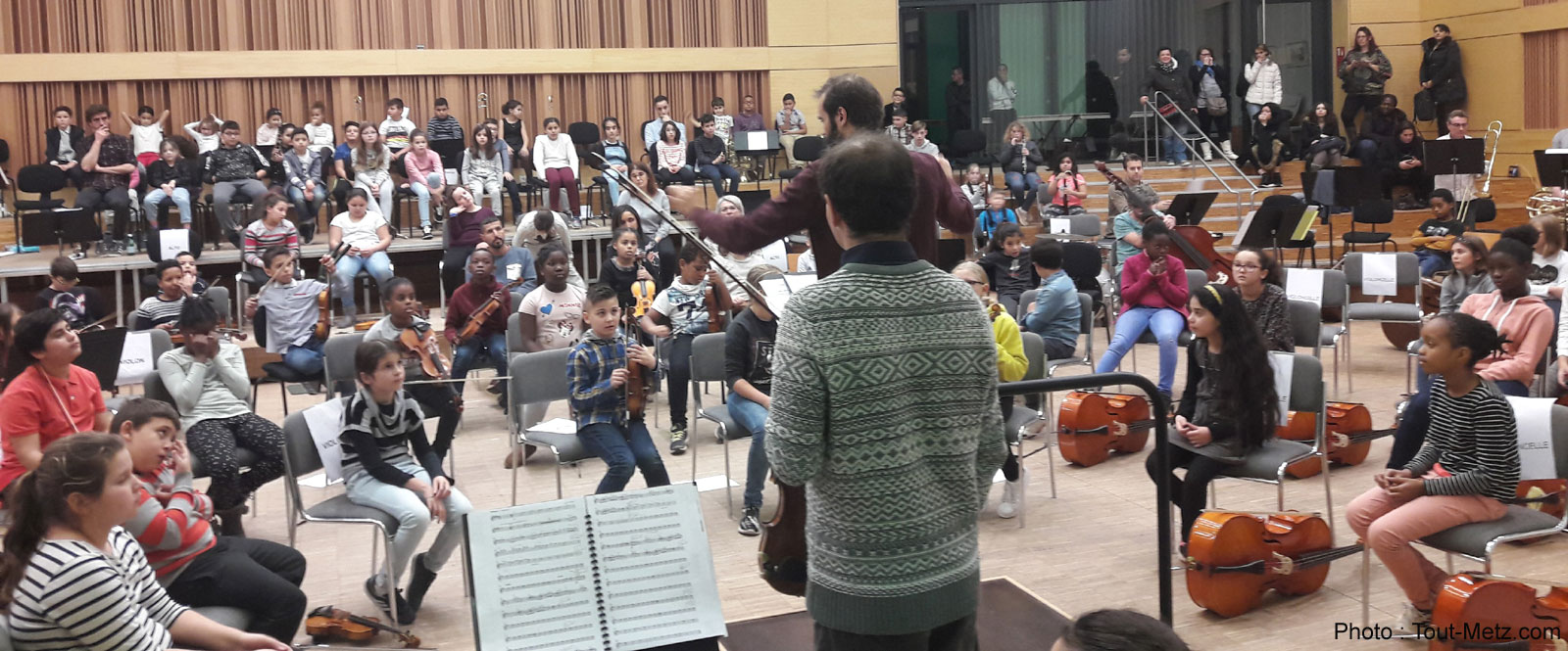Photo of Projet Démos à Metz : 120 musiciens en herbe, issus de quartiers populaires, en concert à l'Arsenal