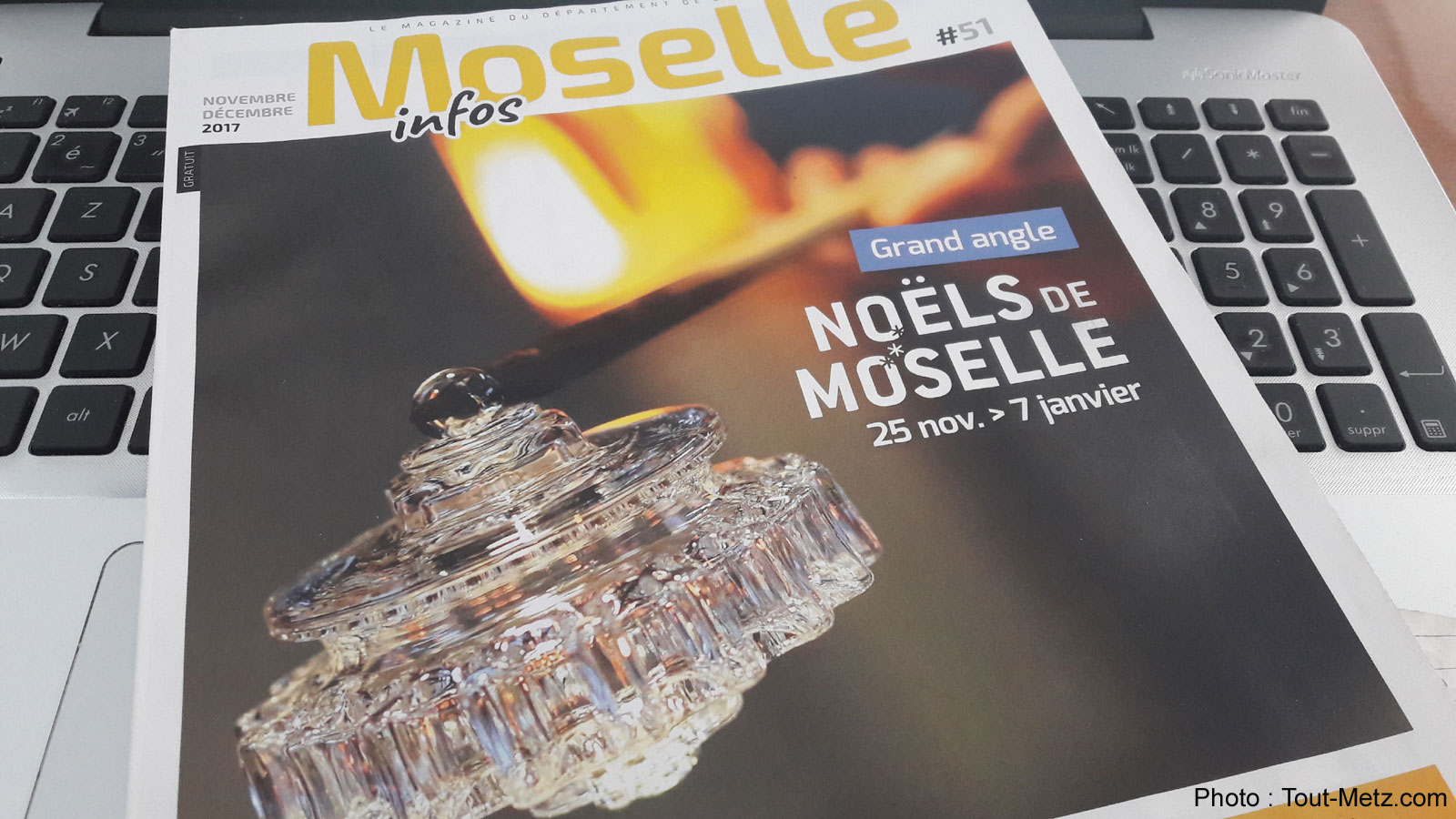 """Photo of Le magazine numérique Moselle Infos """"Spécial Noël"""" est en ligne"""