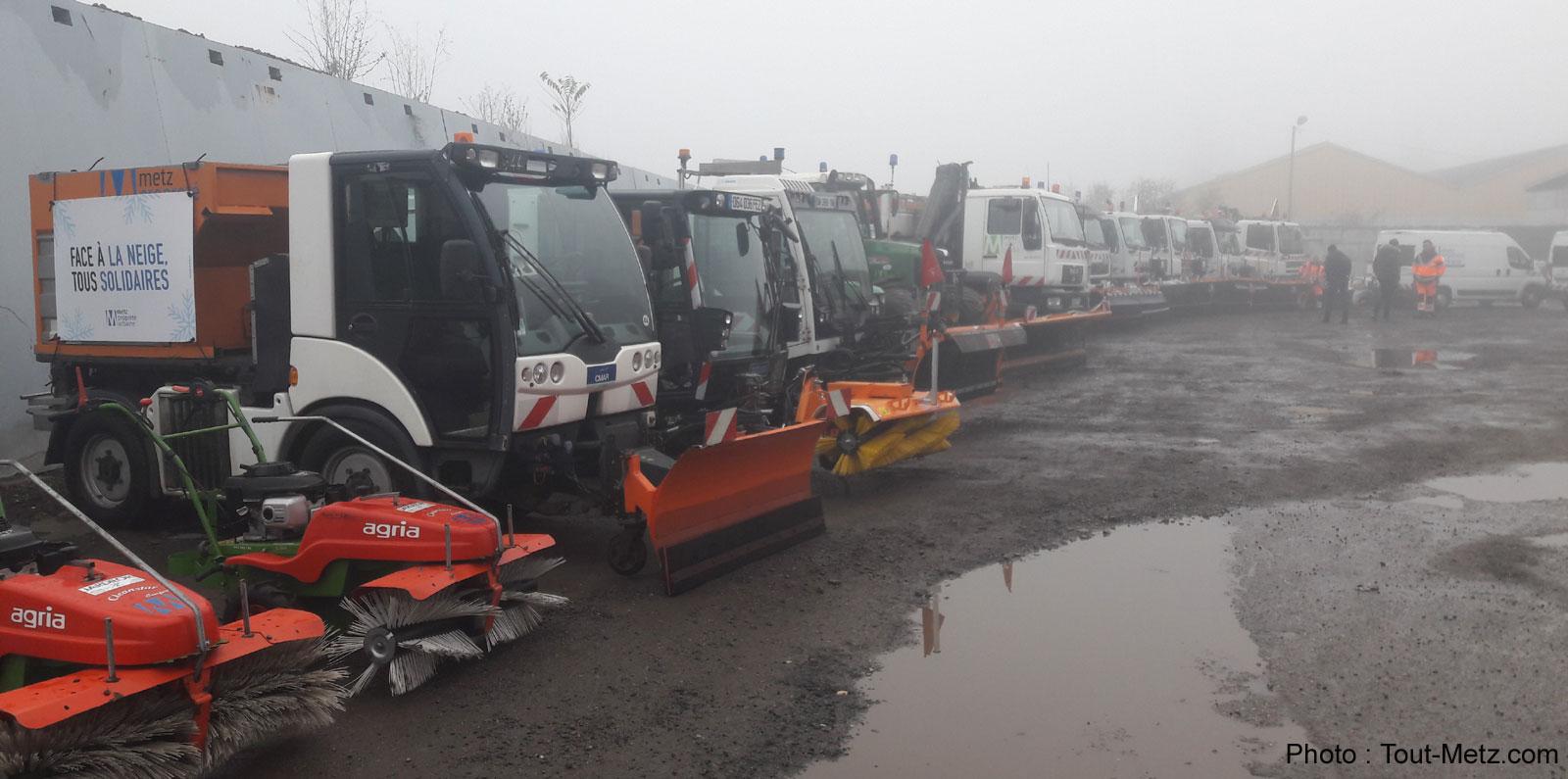 Plan neige à Metz : les saleuses révisées et 2 000 tonnes de sel stockées
