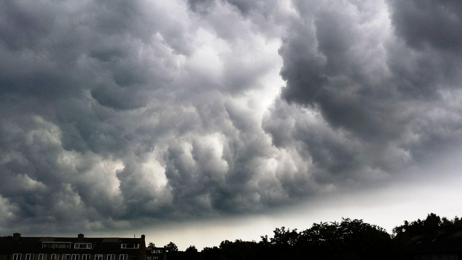 Photo of Vigilance jaune orage en Moselle : des rafales jusqu'à 80km/h