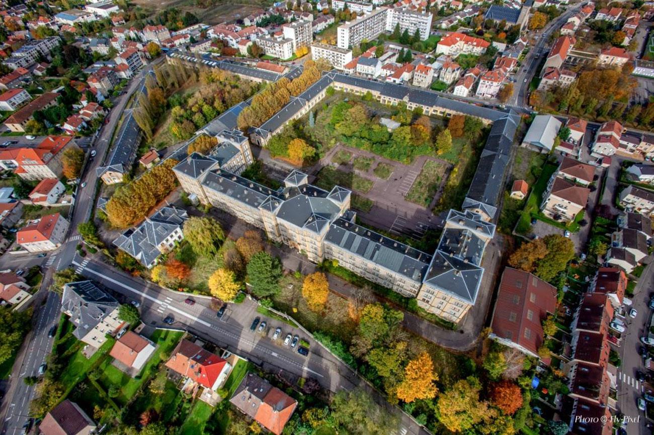 Reconversion de la caserne Desvallières à Metz : la métamorphose s'amorce