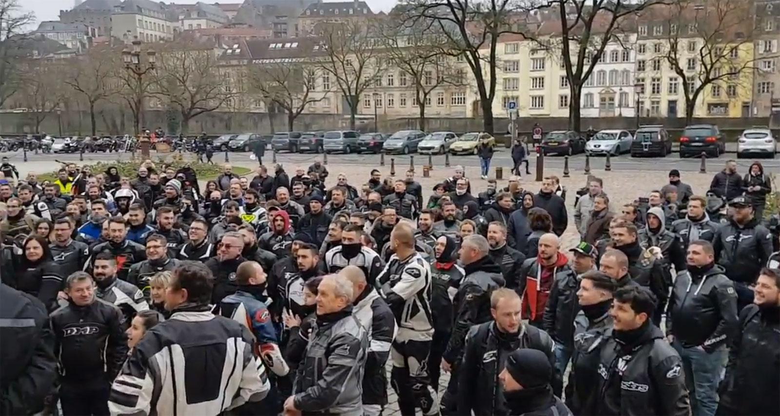 Photo of Metz : près de 250 motards ont manifesté