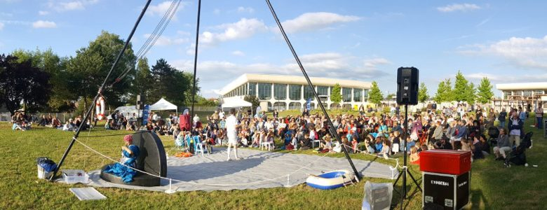 Photo de Montigny Jardins 2018 : Barzingault en concert au jardin de la piscine